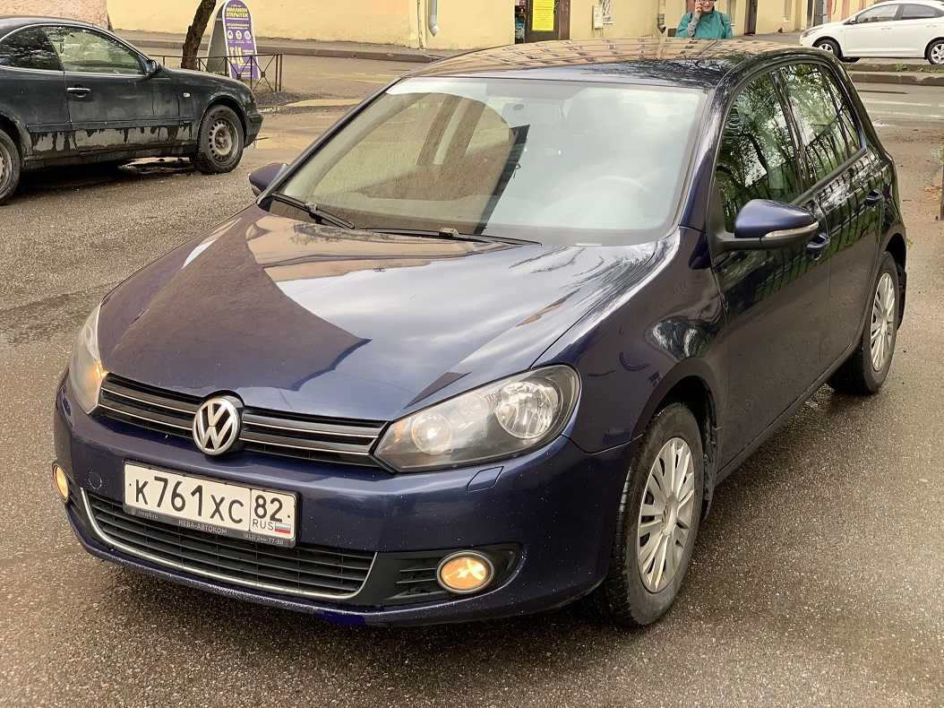 Volkswagen Golf 2012 г.